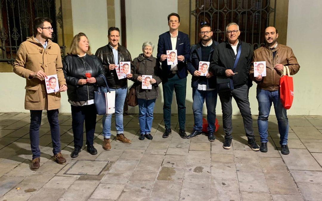 Reparto electoral del PSOE por la zona comercial de la ciudad